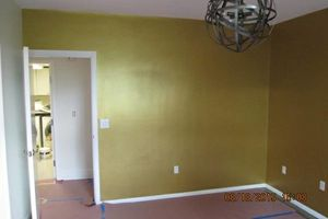 Photo #17: Gel staining, interior painter, wallpaper removal...