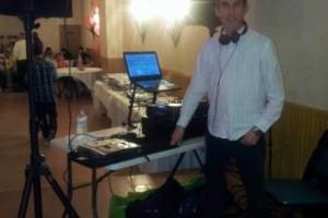 Photo #6: DJ $250 POR 6 HORAS LUZ Y SONIDO