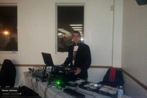 Photo #2: DJ $250 POR 6 HORAS LUZ Y SONIDO