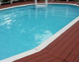 Photo #1: SWIMMING POOL SERVICE.  Fast and reliable!