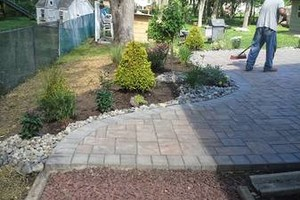 Photo #2: Patio, side walk, driveway and any concrete istallation. Free estimate!