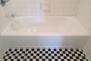Photo #3: Reglazing-Tub Reglazing- Bathtub...