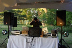 Photo #3: DJ SOUND SYSTEM AVAILABLE FOR SMALL AND LARGE EVENTS