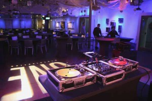 Photo #2: DJ SOUND SYSTEM AVAILABLE FOR SMALL AND LARGE EVENTS