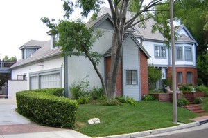 Photo #6: Interior and Exterior Painting Services - Finishing Company
