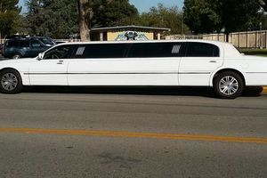 Photo #3: Promo Limo 2 hours free with 12 hour minimum use!