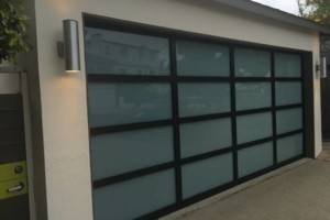 Photo #1: Garage Door / Gate Services