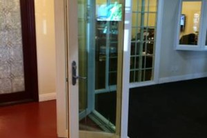 Photo #8: CYPRESS GLASS & SCREENS REPLACEMENT