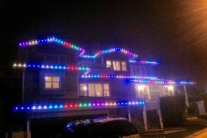 Photo #3: LET ME INSTALL YOUR CHRISTMAS LIGHTS
