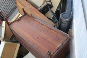 Photo #1: COMMERCIAL AND HOUSE JUNK REMOVAL