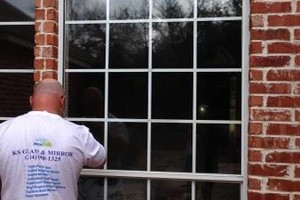 Photo #2: FOGGY WINDOW OR BROKEN GLASS?