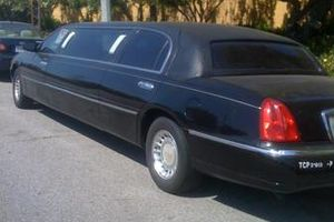 Photo #2: L A party LIMO (red carpet event)
