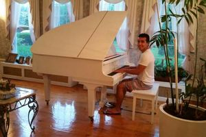 Photo #1: PIANO PRIVATE LESSONS GOOD TEACHER