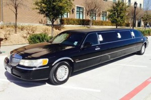 Photo #1: DALLAS LIMOS AND PARTY BUSES