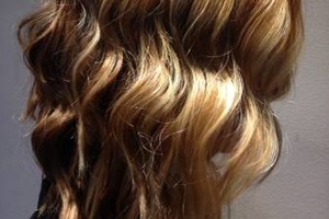 Photo #6: FALL IN LOVE WITH YOUR HAIR! Creative color & cut $100