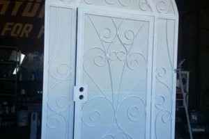 Photo #6: IRON WORK. English/Spanish