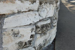 Photo #2: STONE WALL CLEANING AND DISCOLOR REMOVAL