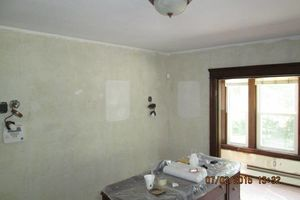 Photo #4: New interior paint & wallpaper removal