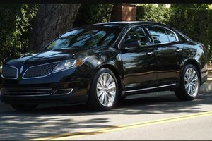 Photo #1: Black Car Limo Services/from O'Hare to Anywhere