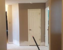 Photo #2: PAINT JOB! HOLIDAY SPECIAL! PAY FOR WALLS & CIELINGS - TRIM IS FREE!