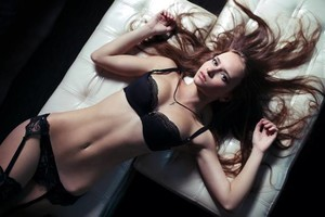 Photo #1: PRO fashion, portrait, boudoir photographer in NYC starts for just 75$