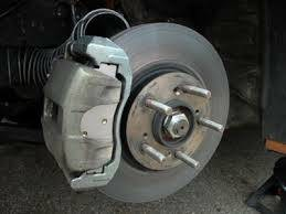 Photo #1: AUTO REPAIRS. LOW PRICED!!! Holiday Special!