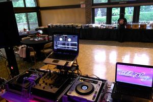 Photo #5: CHICAGOLANDS #1 DJ/MC/ SOUND/ LIGHTING COMPANY!