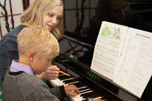 Photo #3: Mixon. Private Music Lessons-Piano, Guitar, Voice