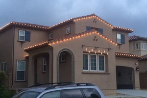 Photo #3: WE HANG CHRISTMAS LIGHTS (next day install)