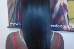 Photo #9: Professional Mobile Licensed Stylist Weave/Extensions Specialist