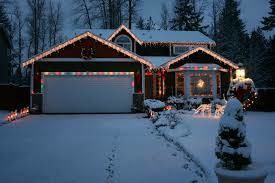 Photo #2: PROFESSIONAL HOLIDAY LIGHTING and DECORATING SERVICES