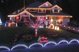 Photo #1: Christmas Lights!! Christmas Lights!!