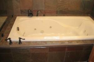 Photo #13: LI Home Zone. Kitchen and Bathroom Renovation