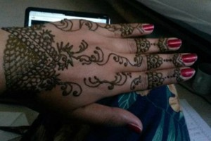 Photo #14: Eyebrow Threading And Henna Designs - Good Price! Great Service! Sky Skin Care
