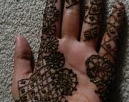 Photo #11: Eyebrow Threading And Henna Designs - Good Price! Great Service! Sky Skin Care