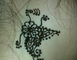 Photo #7: Eyebrow Threading And Henna Designs - Good Price! Great Service! Sky Skin Care