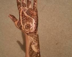 Photo #6: Eyebrow Threading And Henna Designs - Good Price! Great Service! Sky Skin Care