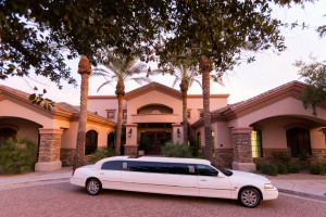 Photo #1: Lincolnlux Limousine