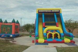 Photo #9: Christmas jumping castle rentals