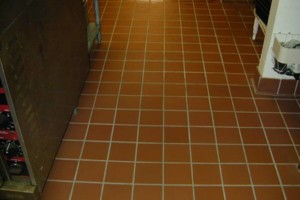 Photo #4: TILE INSTALLATION, CLEAN AND RESEALS TILE AND GROUT