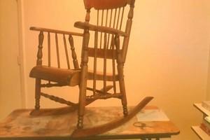Photo #4: Antique's, Furniture, Repair & Refinish