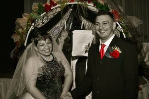Photo #1: Wedding Officiant/ Minister/ Pastor Bi-lingual