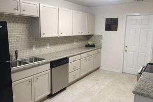 Photo #10: COMMERCIAL & RESIDENTIAL REMODELING (Sheetrock, paint, concrete, tile, ceramic)