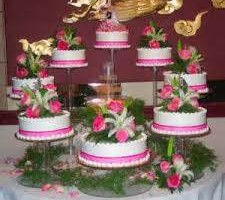 Photo #2: MARY'S CUSTOM WEDDING CAKES (se habla espanol)
