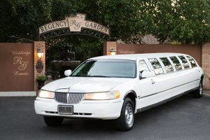 Photo #5: LIMOUSINE... Best rate in the Valley !