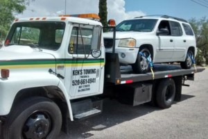 Photo #1: Ken's Towing and Roadside Service