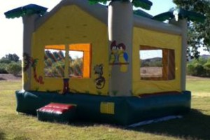 Photo #15: JUMPY HOUSES & PARTY RENTALS