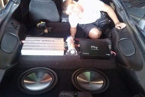 Photo #4: Robert Brandon car audio Installation