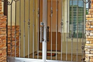 Photo #6: SECURITY DOORS, RV GATES, FENCE AND MORE!