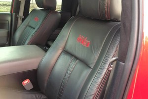 Photo #3: Auto upholstery. Vinyls and Conv. Tops